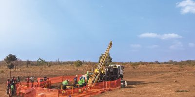 Drill rig at Malingunde during Sovereign's December 2016 drill campaign.
